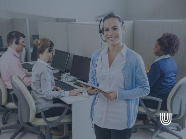 answering service team
